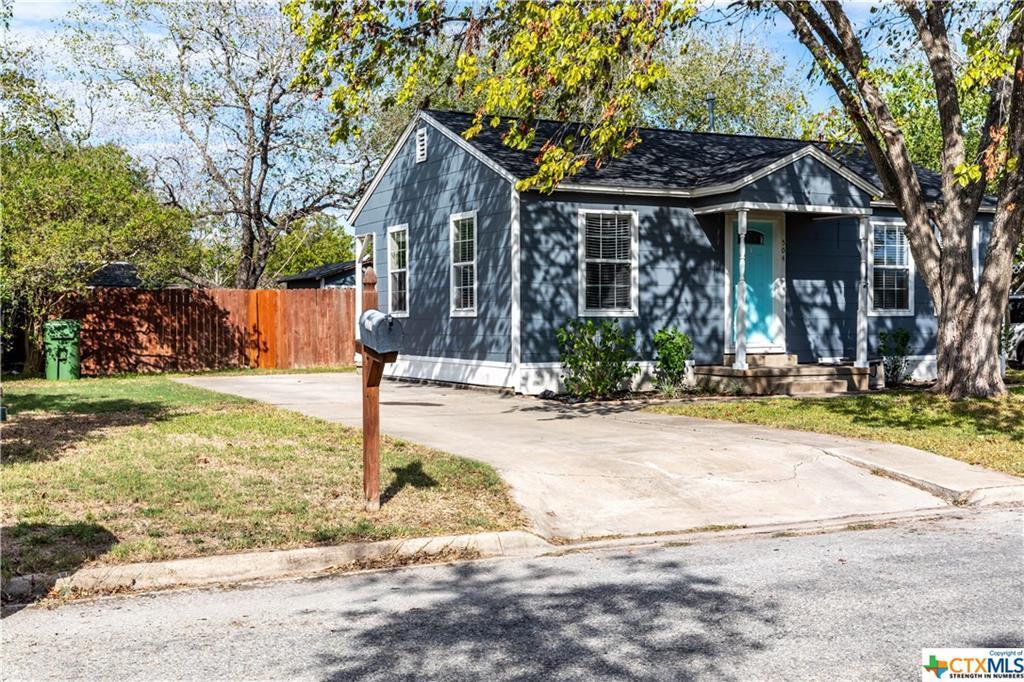Pending | 504 E First Street Cuero, TX 77954 0
