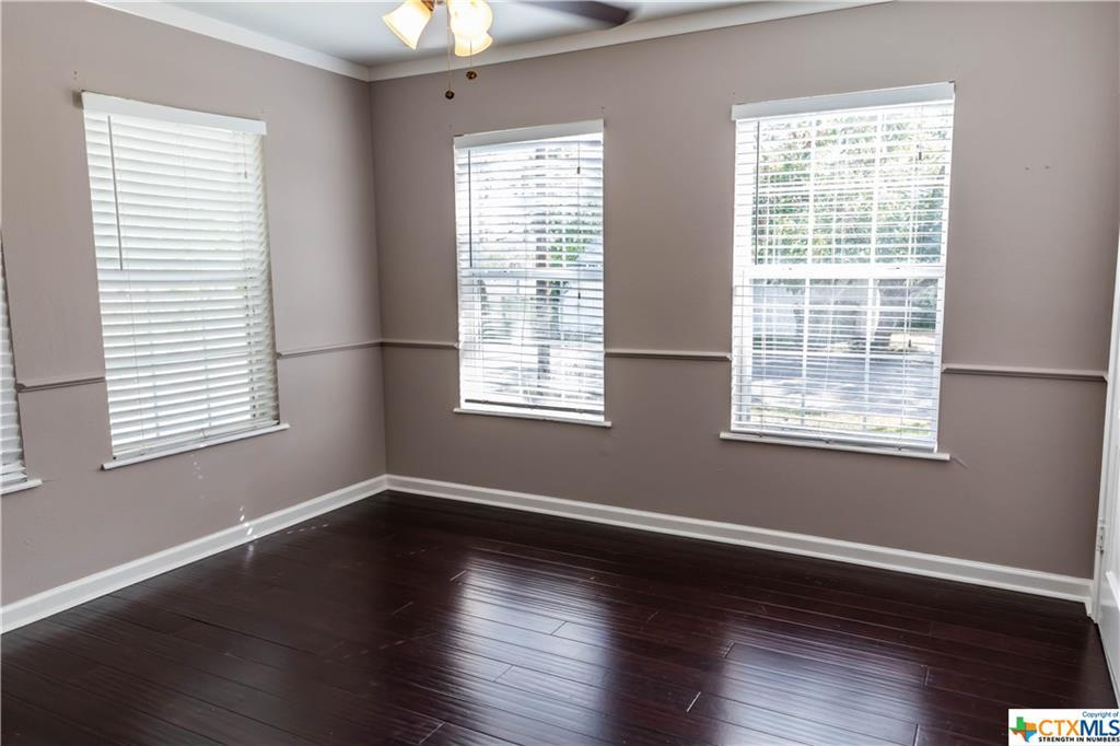Pending | 504 E First Street Cuero, TX 77954 13