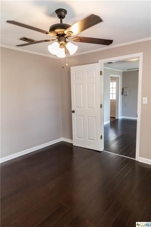Pending | 504 E First Street Cuero, TX 77954 14