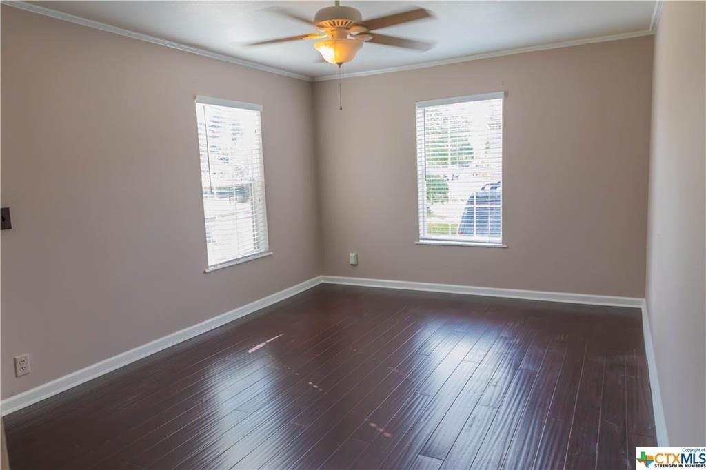 Pending | 504 E First Street Cuero, TX 77954 5