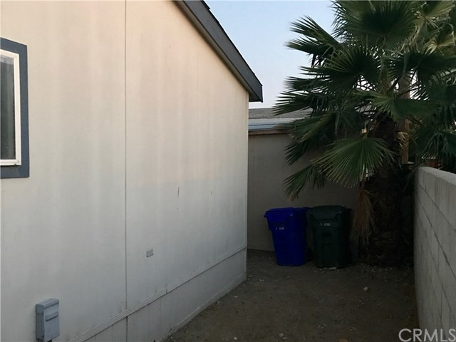 Closed | 17377 Valley Boulevard #71 Fontana, CA 92335 7