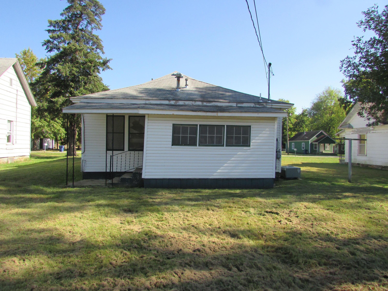Closed | 447 N Thompson Street Vinita, OK 74301 38
