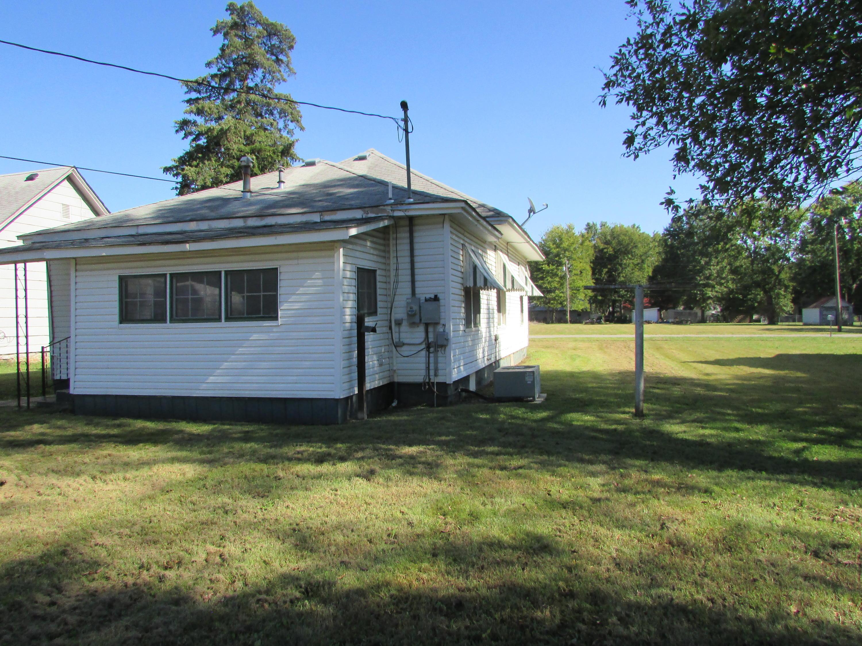 Closed | 447 N Thompson Street Vinita, OK 74301 40