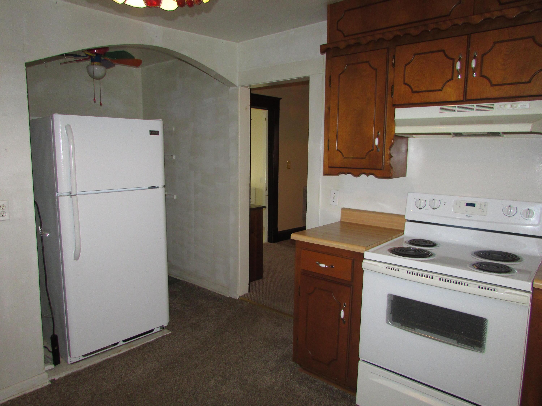 Closed | 447 N Thompson Street Vinita, OK 74301 13