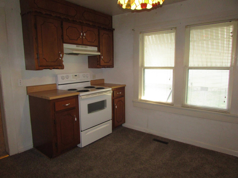 Closed | 447 N Thompson Street Vinita, OK 74301 14