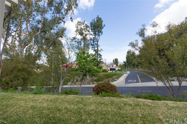 Closed | 23552 Via Benavente  Mission Viejo, CA 92692 22