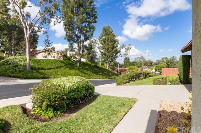 Closed | 23552 Via Benavente  Mission Viejo, CA 92692 37