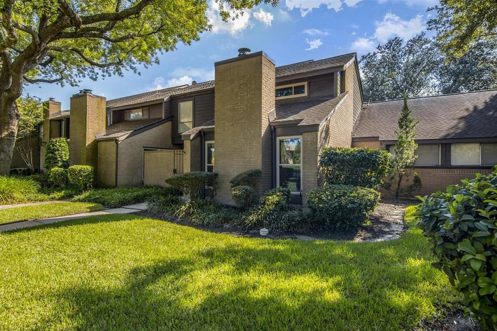Off Market | 16562 Space Center Boulevard Houston, TX 77058 8