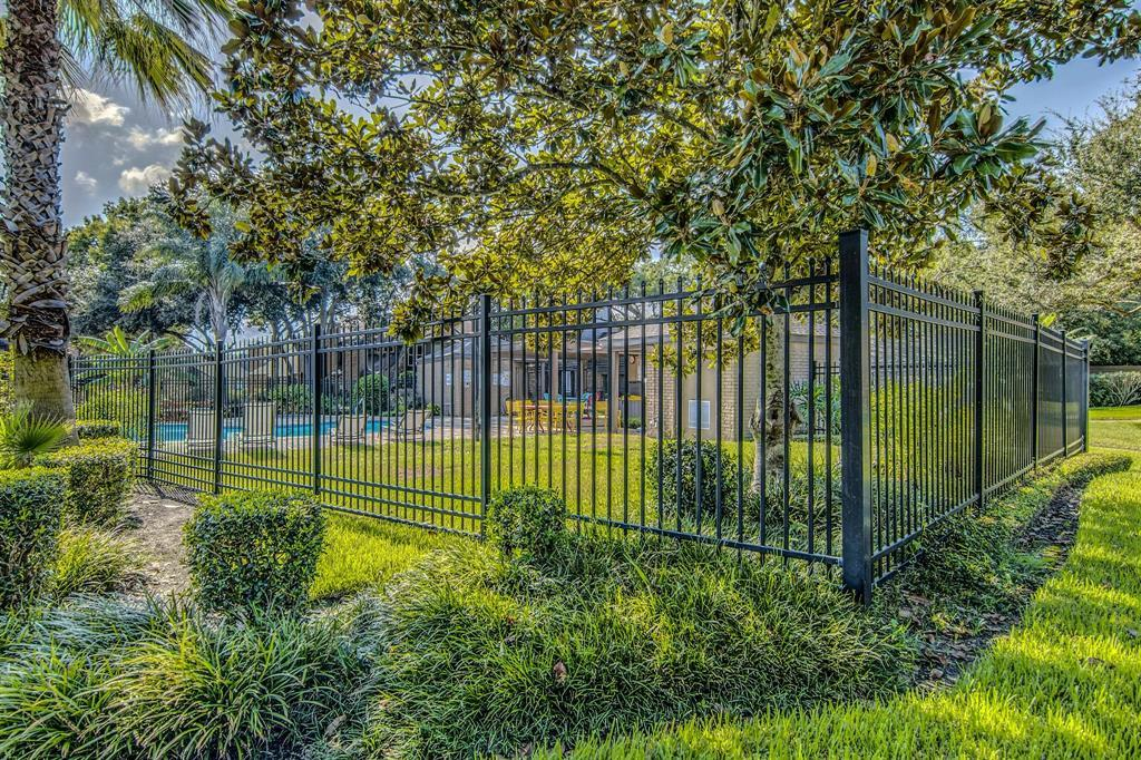 Off Market | 16562 Space Center Boulevard Houston, TX 77058 34