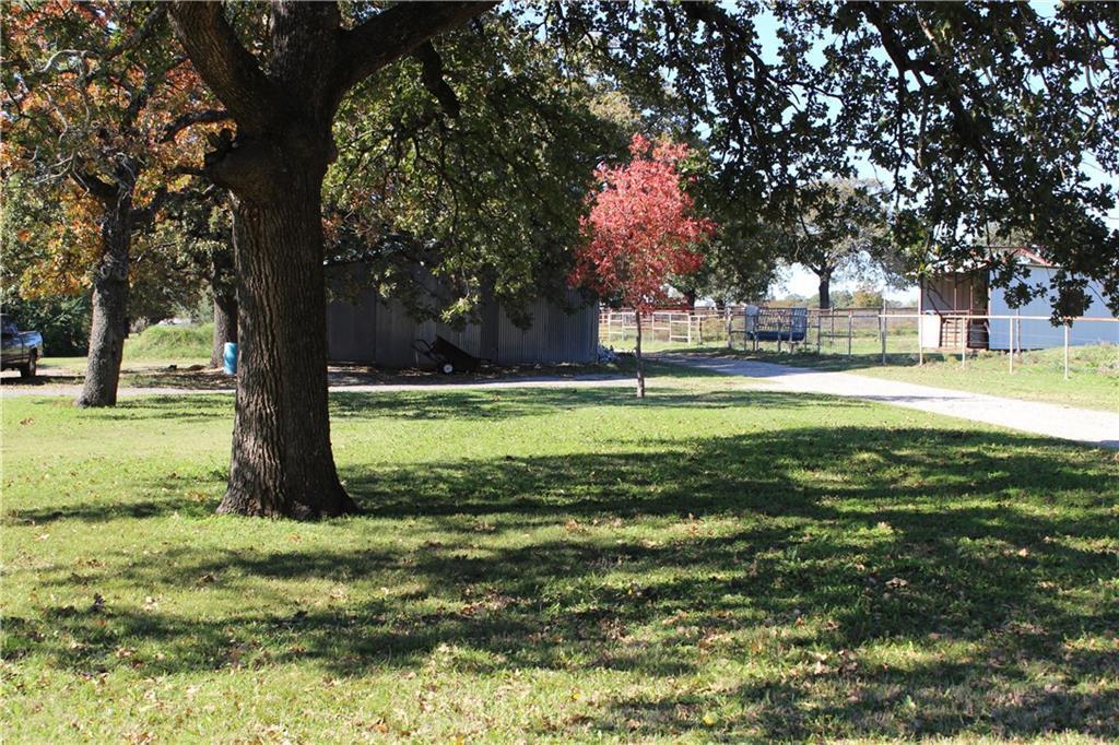 Active | 6411 Knuckles Road Aubrey, TX 76227 1