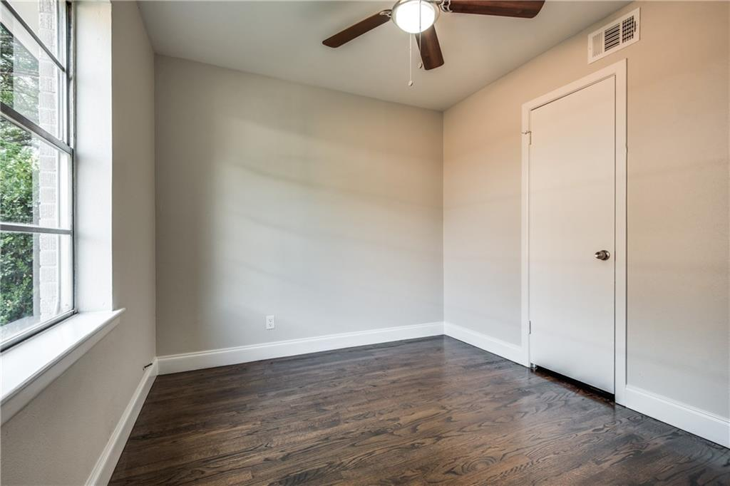 Housed Real Estate + Relocation  | 1102 Noble  Avenue Carrollton, TX 75006 21