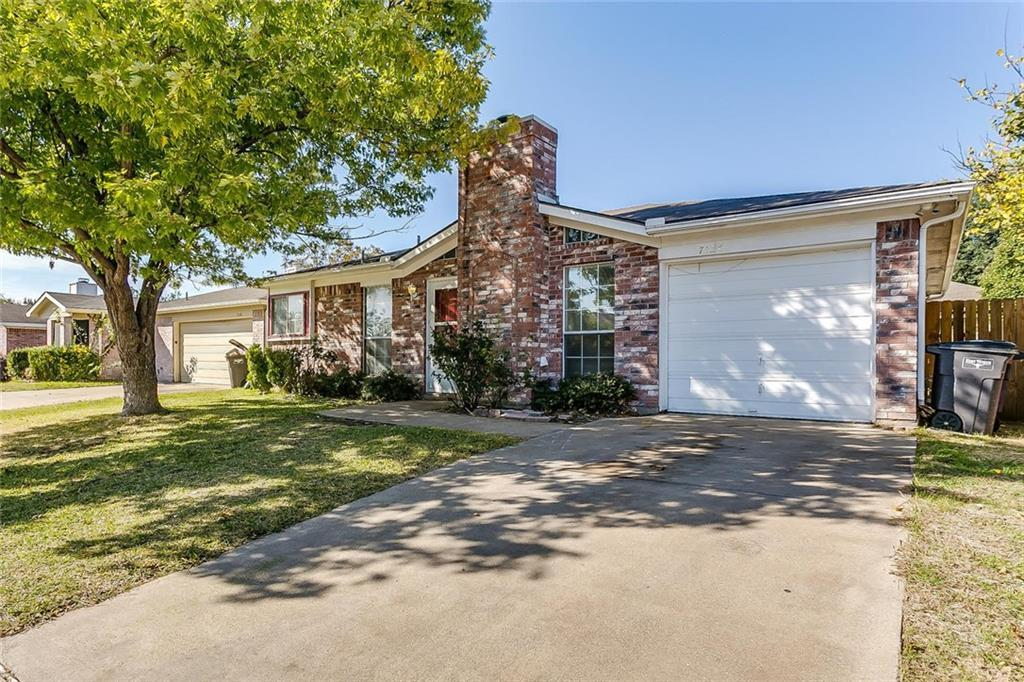 Sold Property | 7124 Wagonwheel Road Fort Worth, Texas 76133 2