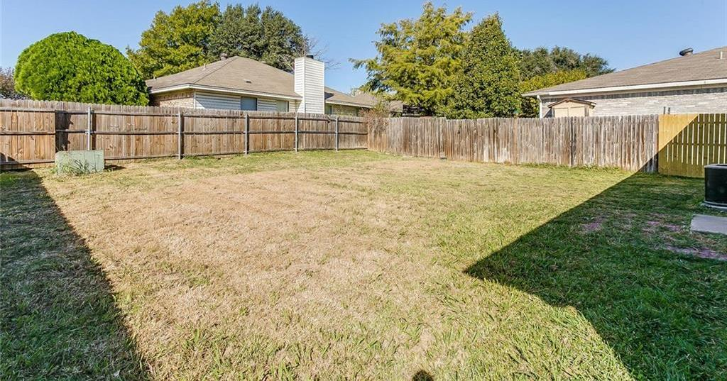 Sold Property | 7124 Wagonwheel Road Fort Worth, Texas 76133 6