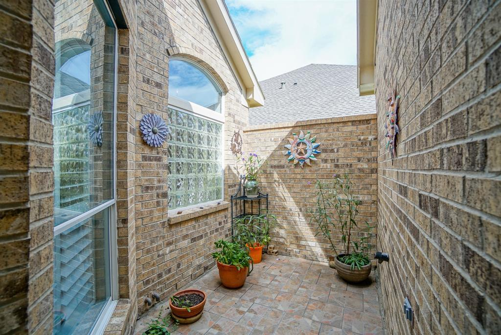 Heritage Grand, Plus 55 Active Community, lease home in Katy,  | 25050 Cinco Manor Lane Katy, TX 77494 29