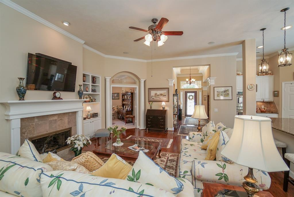 Heritage Grand, Plus 55 Active Community, lease home in Katy,  | 25050 Cinco Manor Lane Katy, TX 77494 11