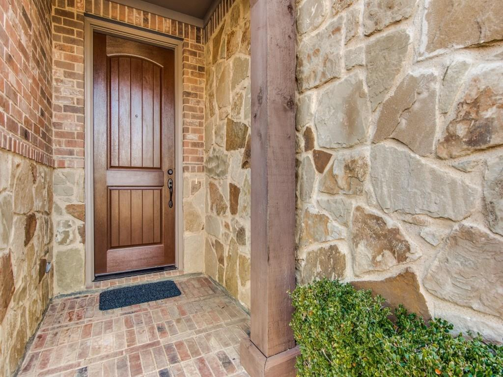Sold Property | 220 Guadalupe  Drive Irving, TX 75039 2