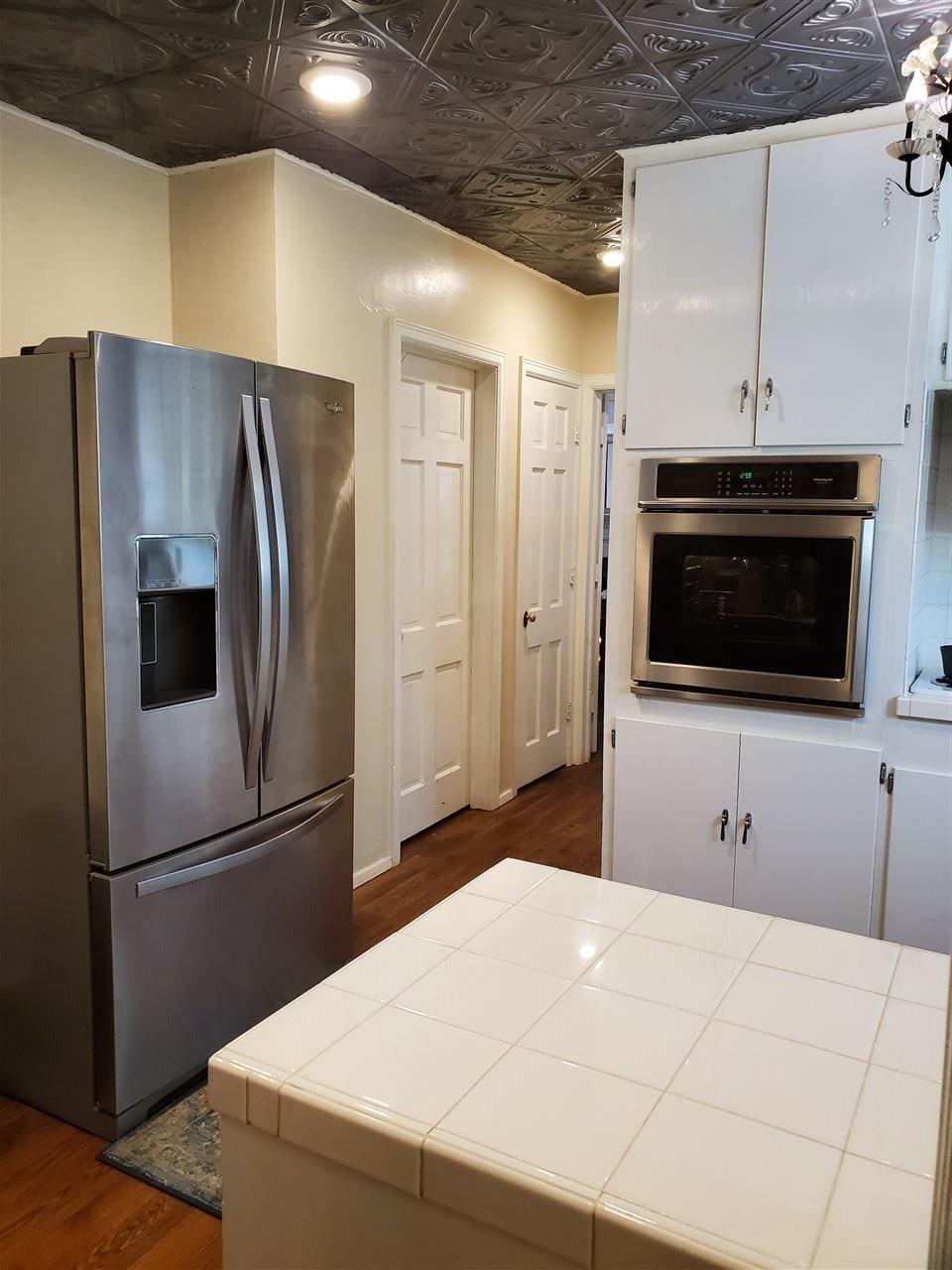 #century21groupone,#homesforsaleponcacity,#poncacityrealestate | 1106 S 7th Street  Ponca City, OK 74601-0 14