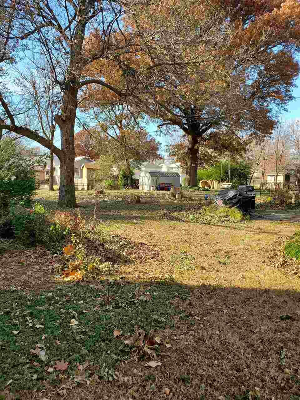 #century21groupone,#homesforsaleponcacity,#poncacityrealestate | 1106 S 7th Street  Ponca City, OK 74601-0 3