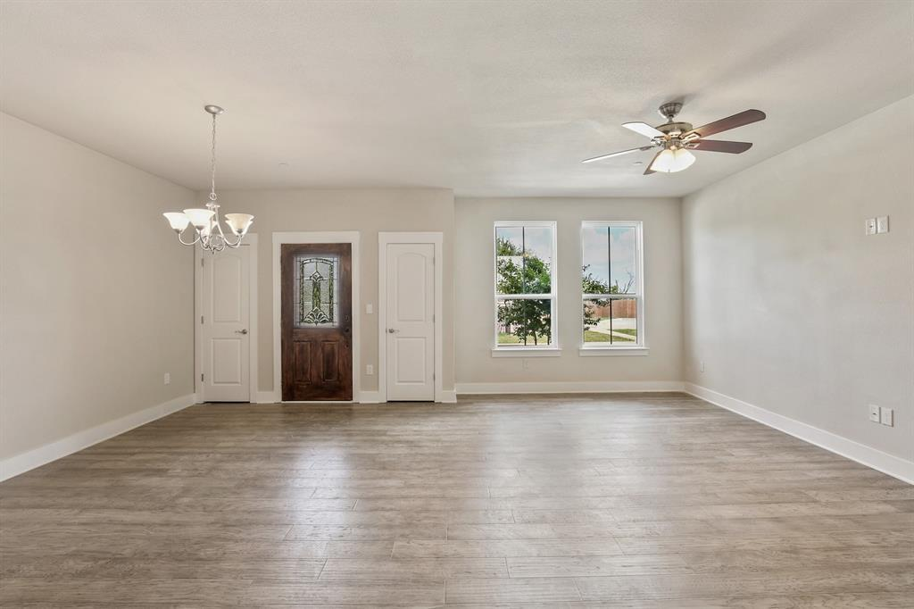 Sold Property   220 Emma Drive Lewisville, TX 75057 11