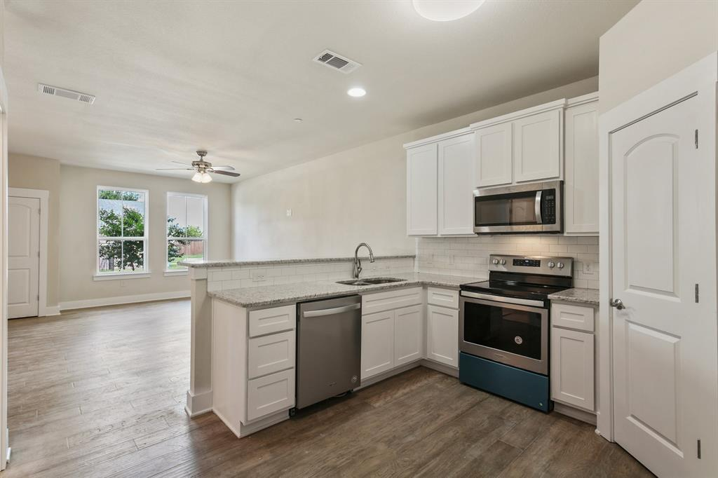 Sold Property   220 Emma Drive Lewisville, TX 75057 17