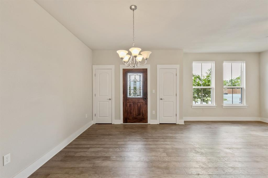 Sold Property   220 Emma Drive Lewisville, TX 75057 4