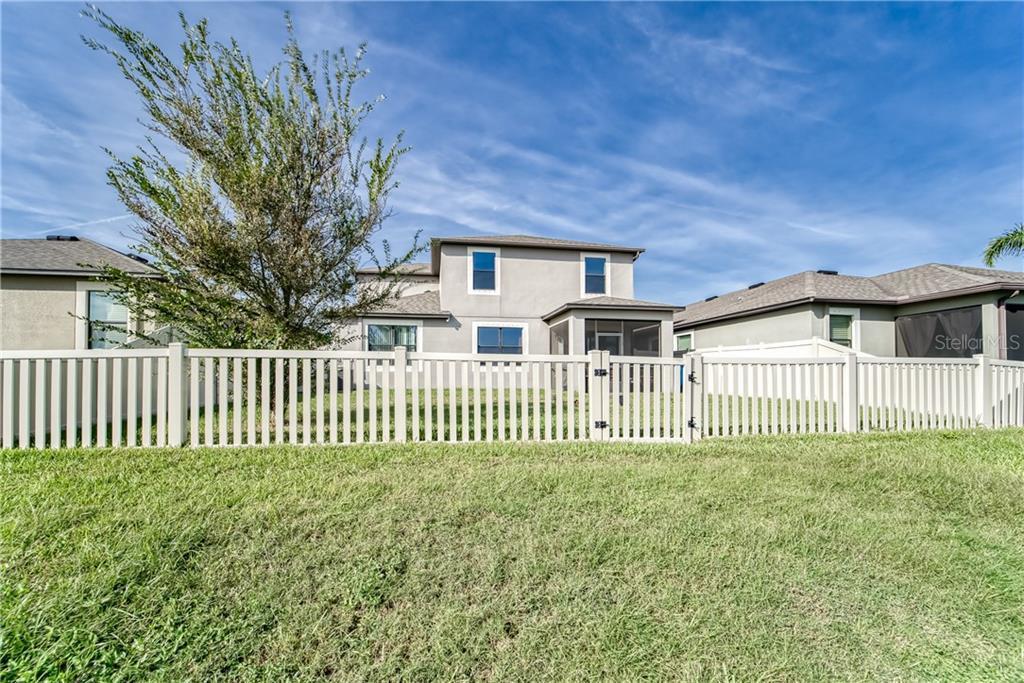 Active   11415 BLUE CRANE  STREET RIVERVIEW, FL 33569 16