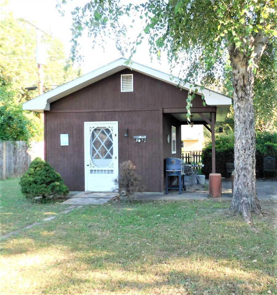 #century21groupone,#homesforsaleponcacity,#poncacityrealestate | 2415 Mockingbird  Ponca City, OK 74604 22