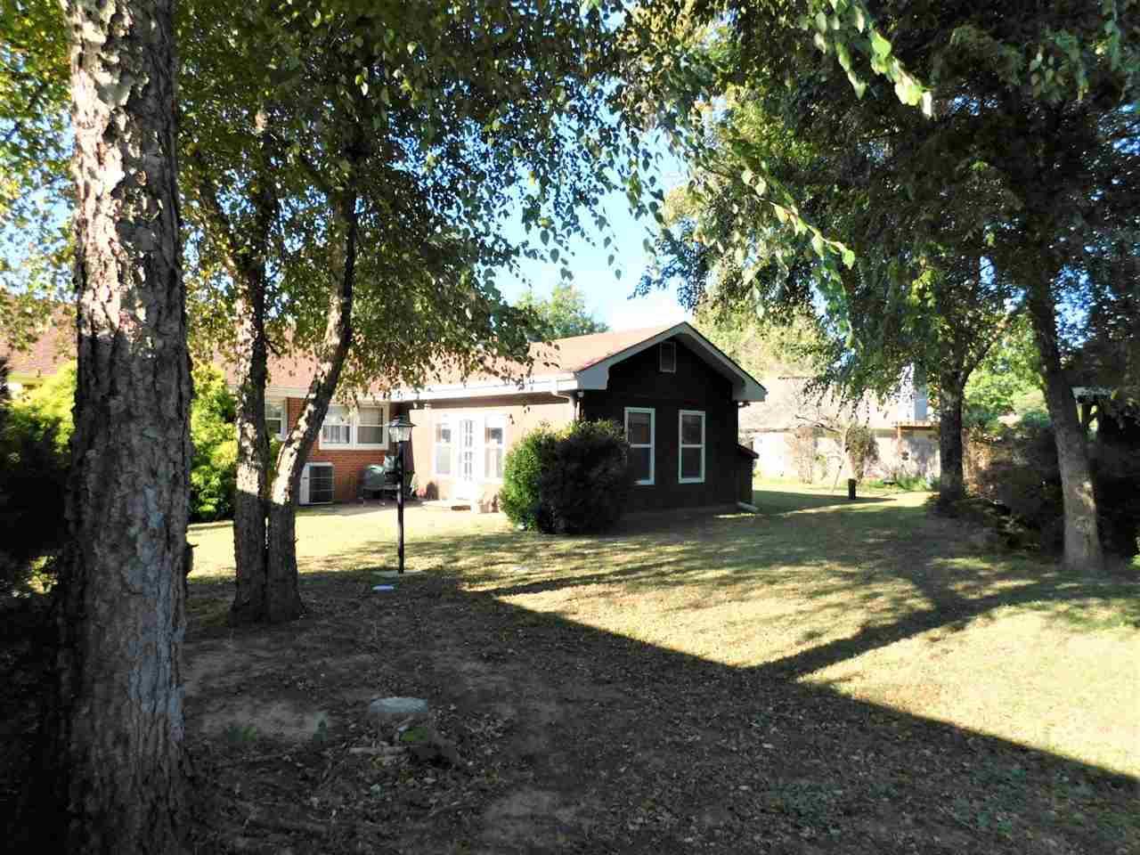 #century21groupone,#homesforsaleponcacity,#poncacityrealestate | 2415 Mockingbird  Ponca City, OK 74604 24