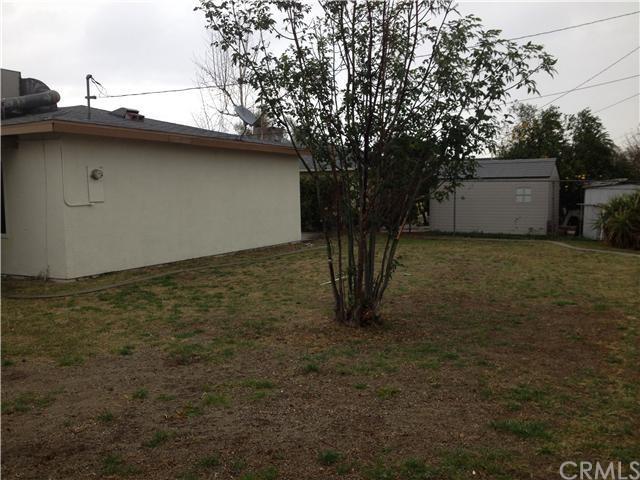 Closed | 387 W Woodcrest  Street Rialto, CA 92376 17