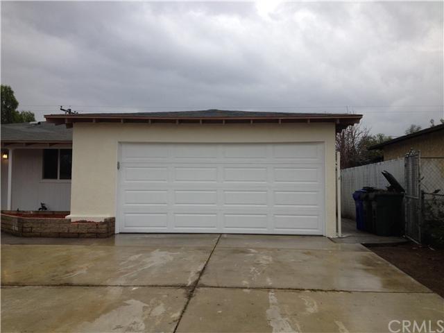 Closed | 387 W Woodcrest  Street Rialto, CA 92376 20