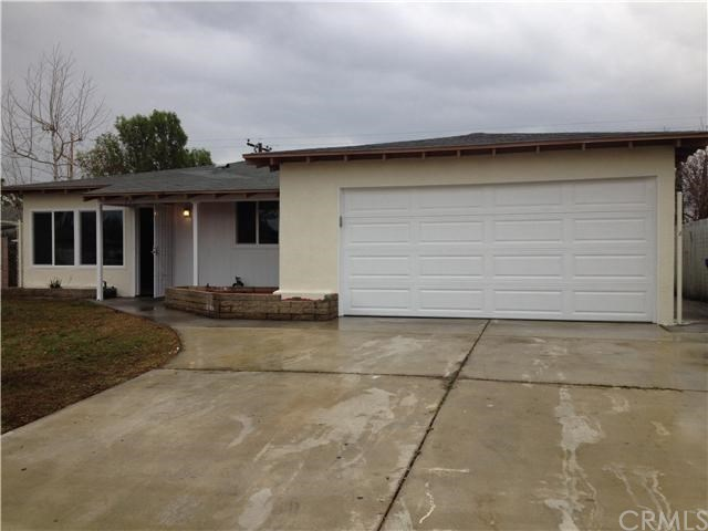 Closed | 387 W Woodcrest  Street Rialto, CA 92376 21