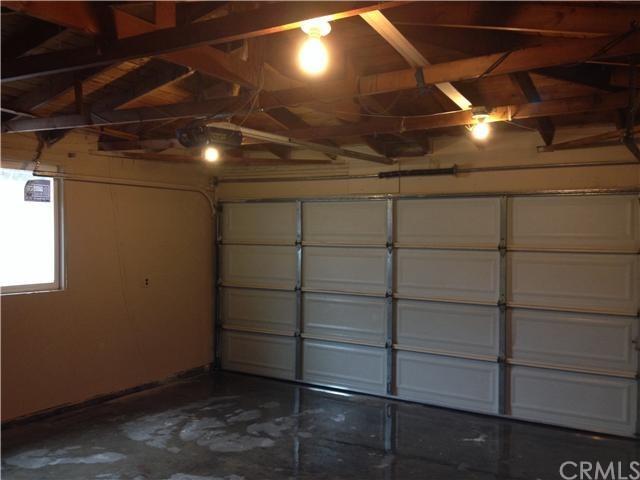 Closed | 387 W Woodcrest  Street Rialto, CA 92376 22