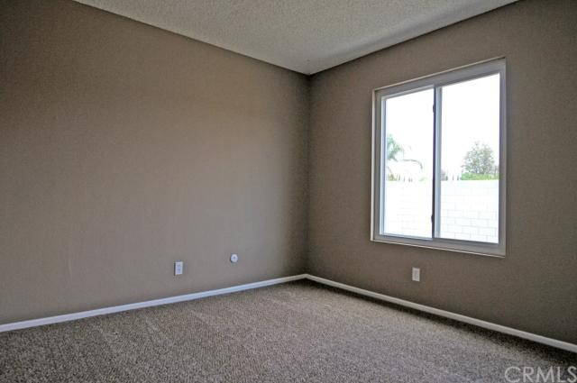 Closed   22220 Emerald Street Grand Terrace, CA 92313 20