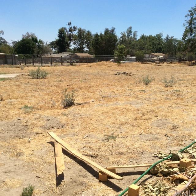 Closed | 2880 N California Street San Bernardino, CA 92407 19