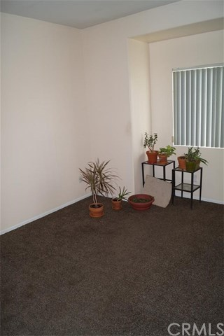 Closed | 11457 Whittier Ave Loma Linda, CA 92354 7