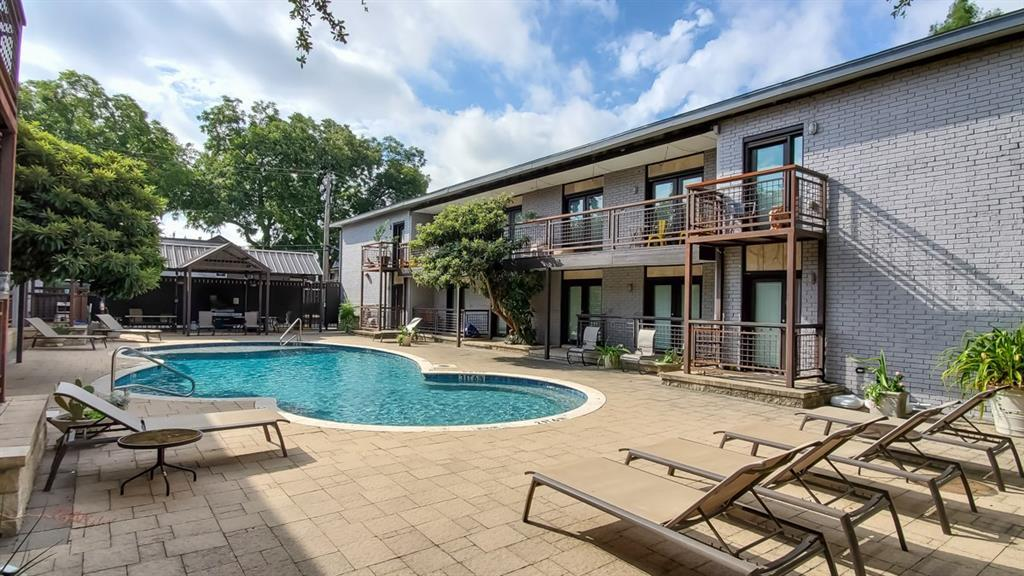 Property for Rent | 2722 Knight Street #407B Dallas, TX 75219 15