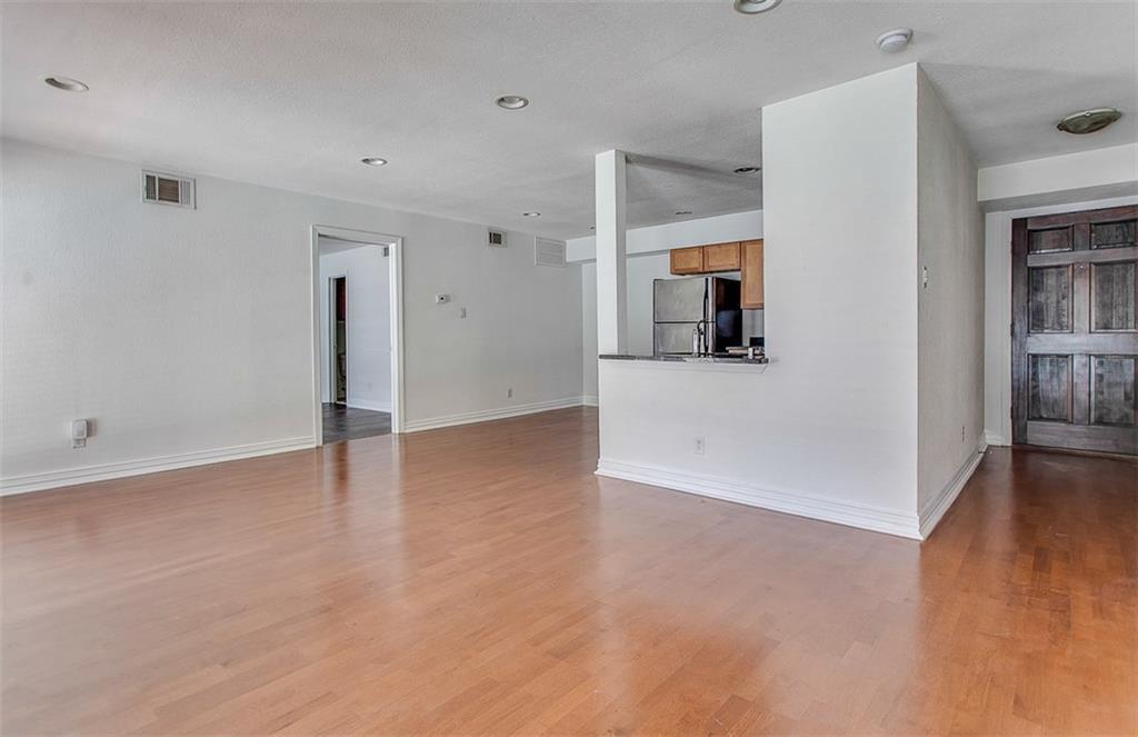 Property for Rent | 2722 Knight Street #407B Dallas, TX 75219 8