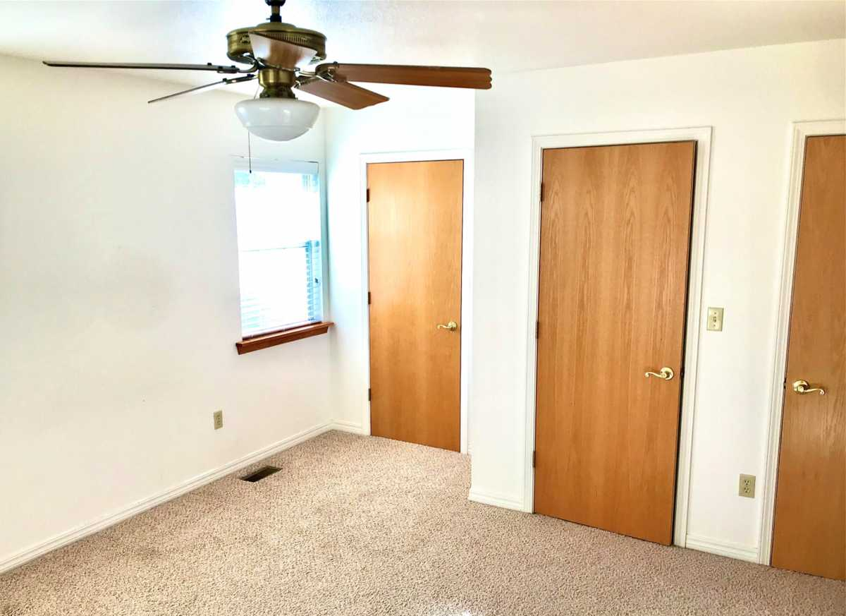 Property for Rent | Rental #16 Premium Senior Living  Pryor, OK 74361 3