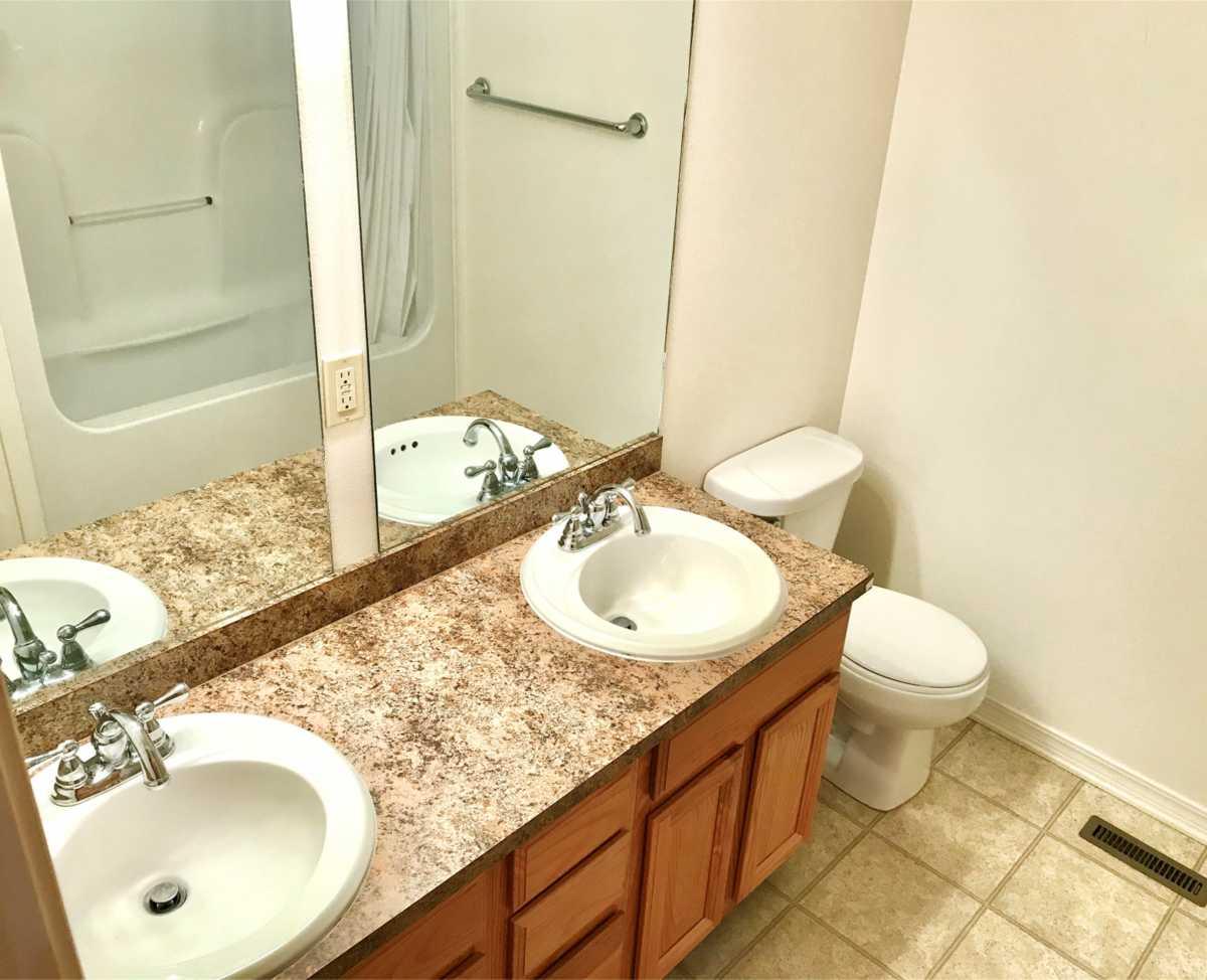 Property for Rent | Rental #16 Premium Senior Living  Pryor, OK 74361 5