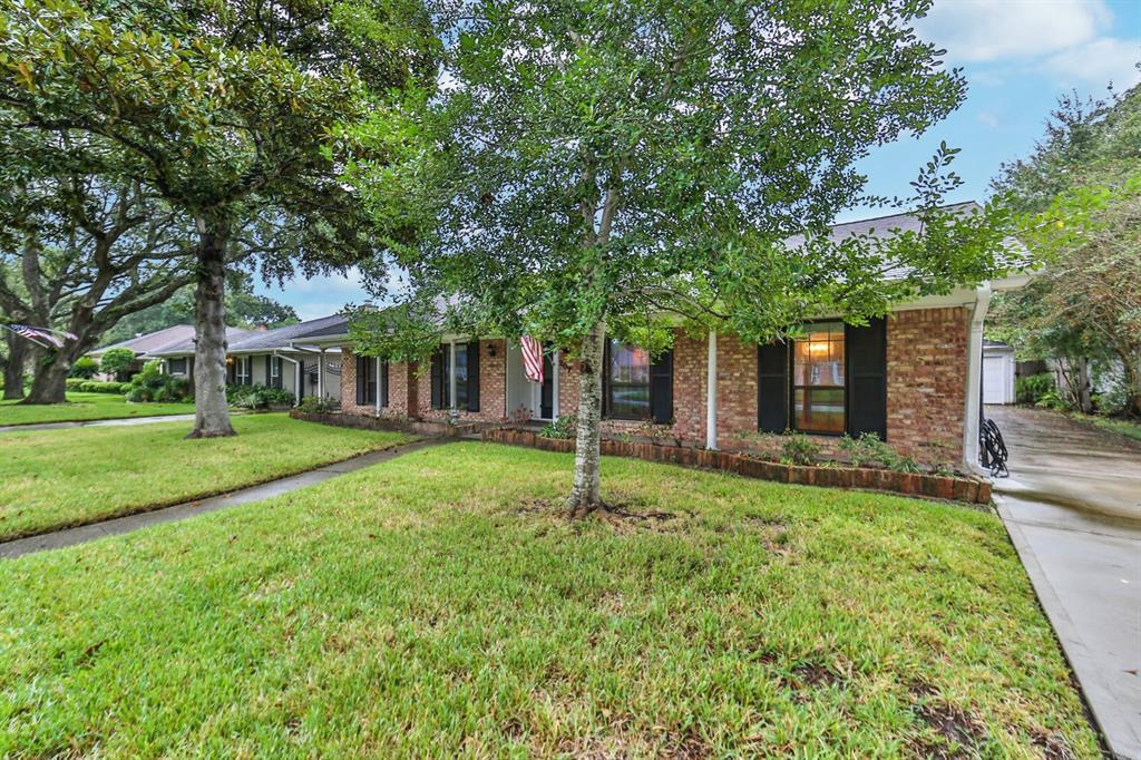 Sold Property | 6207 Yarwell  Drive Houston, TX 77096 2