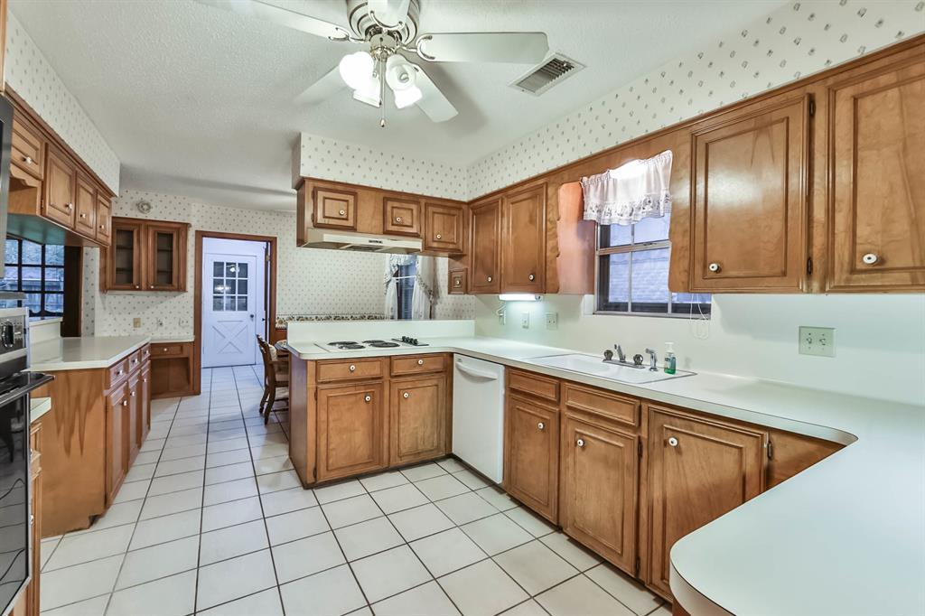 Sold Property | 6207 Yarwell  Drive Houston, TX 77096 12