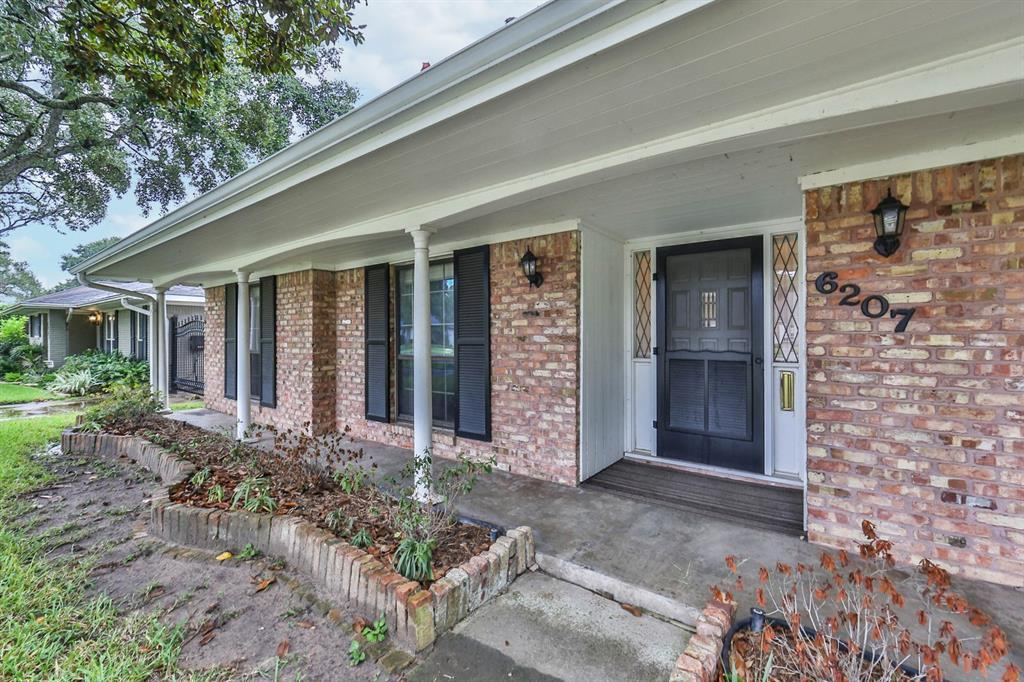 Sold Property | 6207 Yarwell  Drive Houston, TX 77096 3