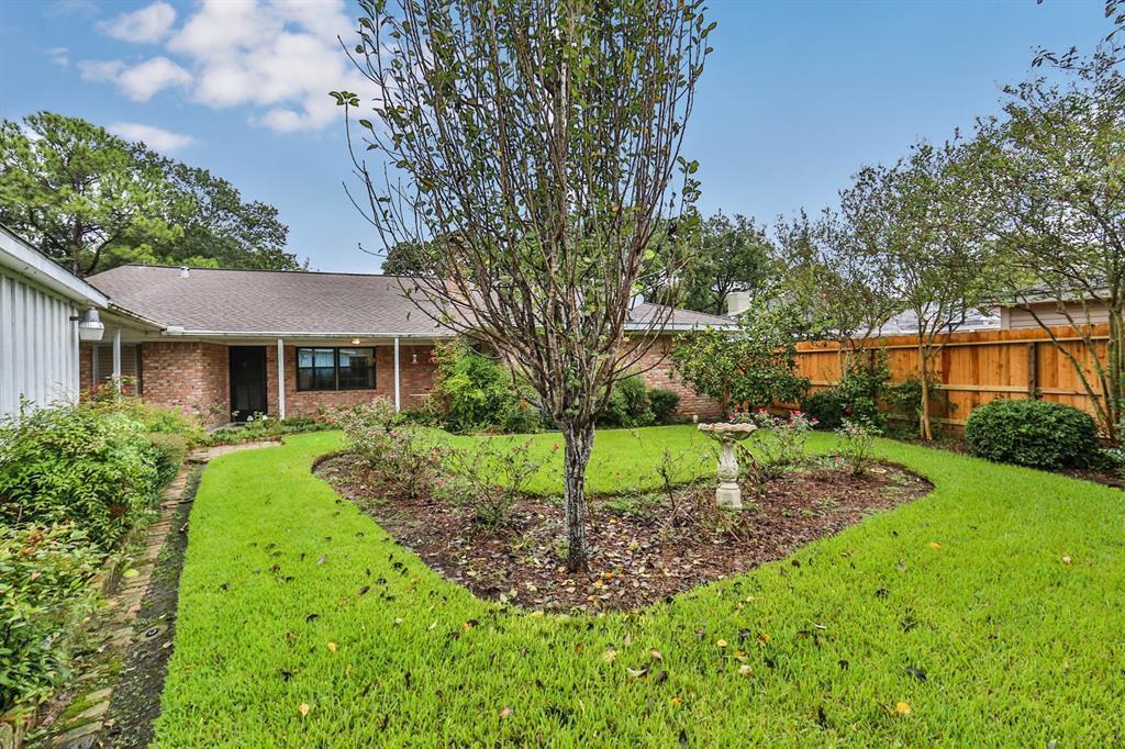 Sold Property | 6207 Yarwell  Drive Houston, TX 77096 6