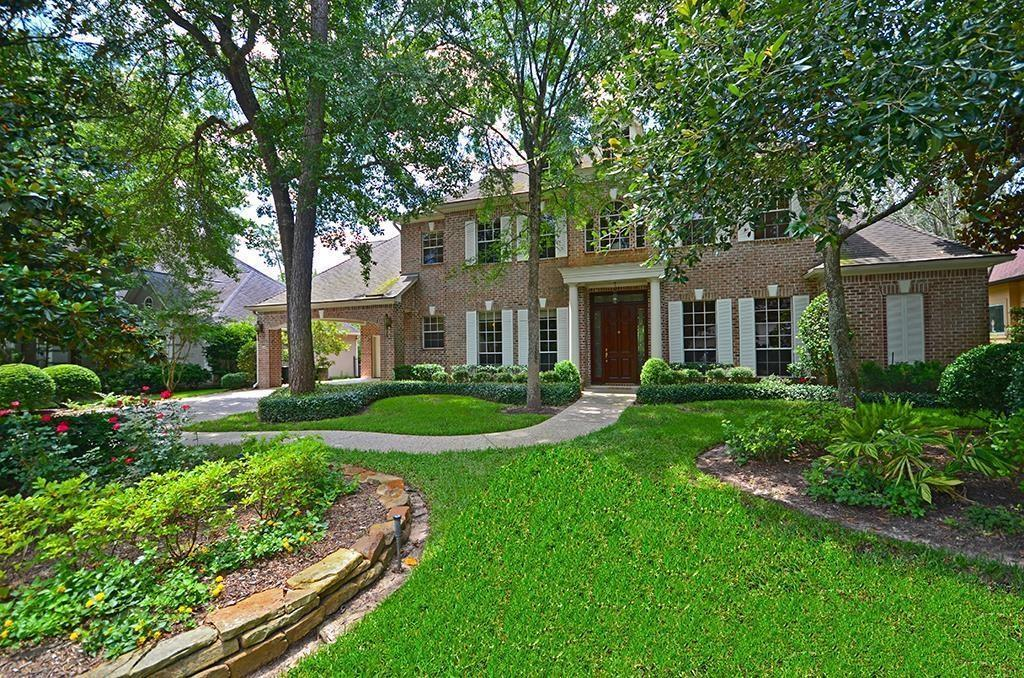 Active | 50 Lyric Arbor Circle The Woodlands, Texas 77381 1