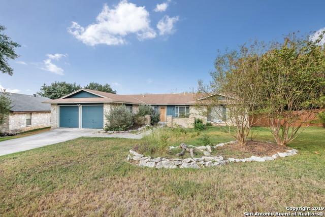 Active | 13815 CRESTED RISE  San Antonio, TX 78217 2