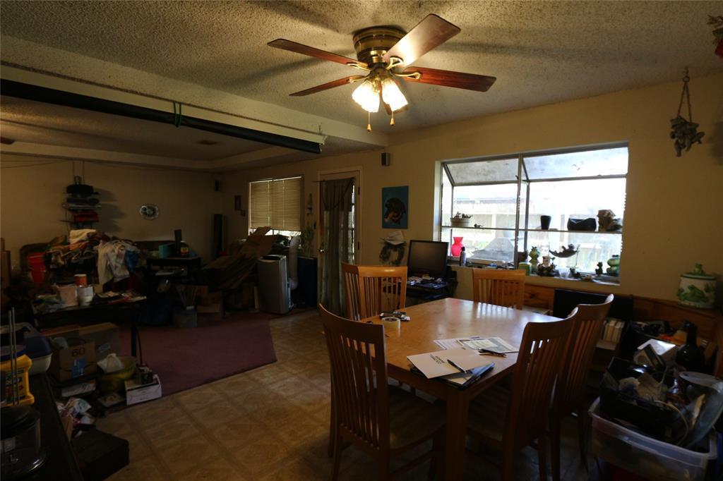 Off Market | 3103 Timberlark Drive Kingwood, TX 77339 2