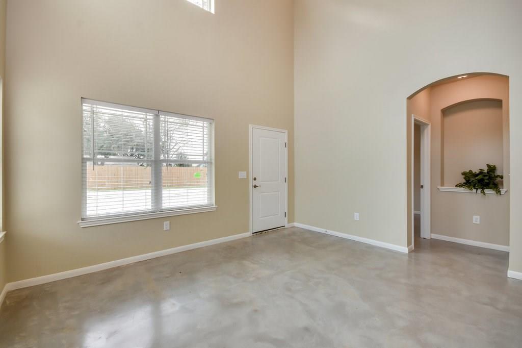 Property for Rent | 201 Grange Street Liberty Hill, TX 78642 2