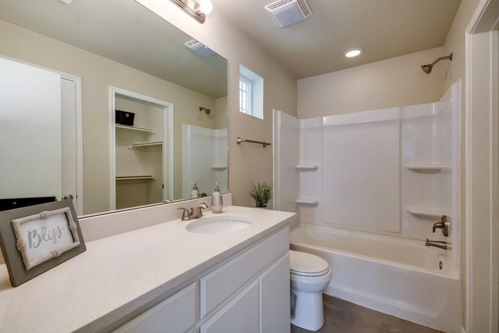 Property for Rent | 201 Grange Street Liberty Hill, TX 78642 6