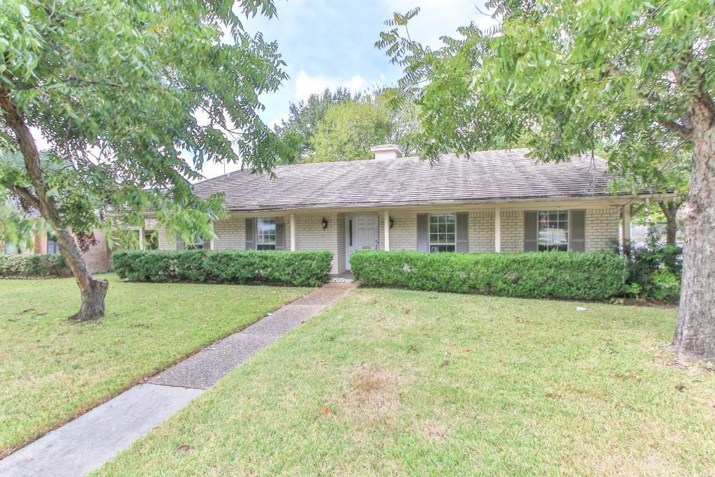 Property for Rent | 3839 Sun Valley Drive Houston, TX 77025 0