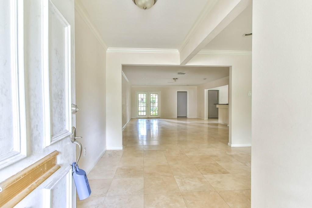 Property for Rent | 3839 Sun Valley Drive Houston, TX 77025 11